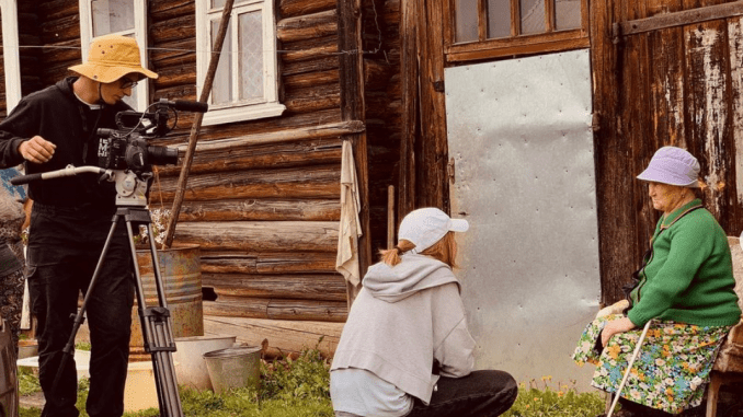 Студенты ГИТР снимают работу реставрационных отрядов