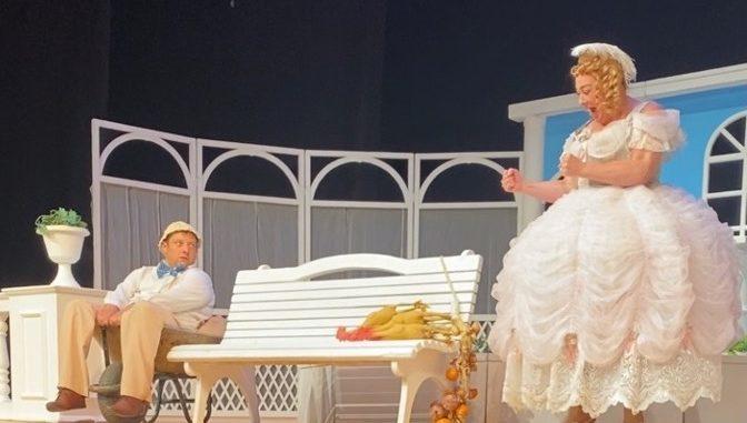 Один спектакль на два театра
