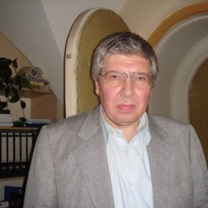 Скончался Кирилл Разлогов